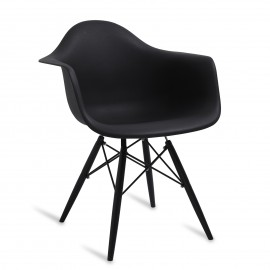 All Black XL Chair
