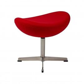 Réplica otomana da cadeira Egg em Cashmere, do designer Arne Jacobsen