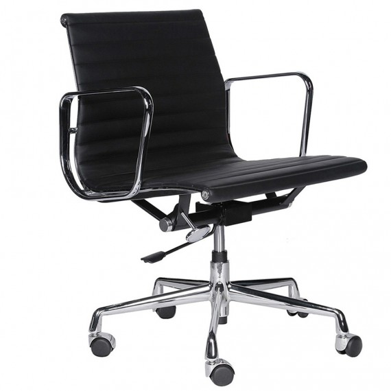 Replica Aluminum EA117 office chair by Charles & Ray Eames.