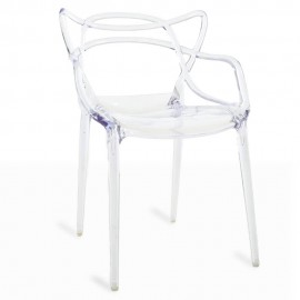 Cadeira Inspiration Transparent Masters do aclamado designer Phillipe Starck