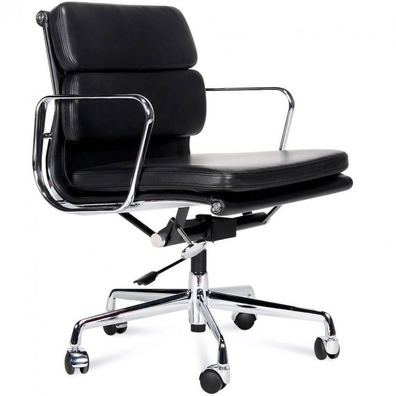 Replica Aluminum EA217 office chair by Charles & Ray Eames.