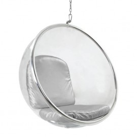 Hanging Bubble Chair in Transparent Acrylic Plastic