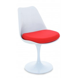 Replica of the Tulip Chair by famous designer Eero Saarinen
