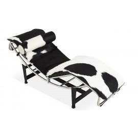 Réplica del Chaise Lounge LC4 en piel de pony