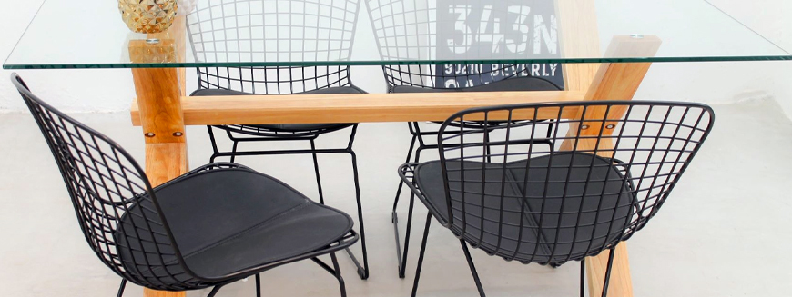 Replicas of designer chairs made of steel