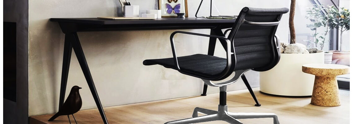Replica Aluminum EA103 office chair by Charles & Ray Eames.