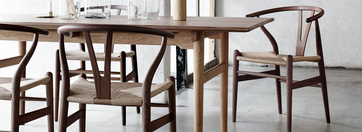 Réplica silla Wishbone CH24 en madera de Nogal oscura del diseñador Hans J. Wegner