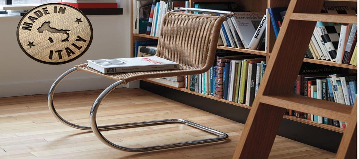 Chaise Weissenhof B42 en rotin naturel du designer Mies Van Der Rohe