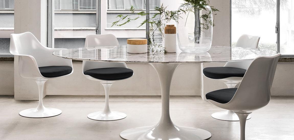 Table design Tulip de 120cm en marbre de Carrare par Eero Saarinen