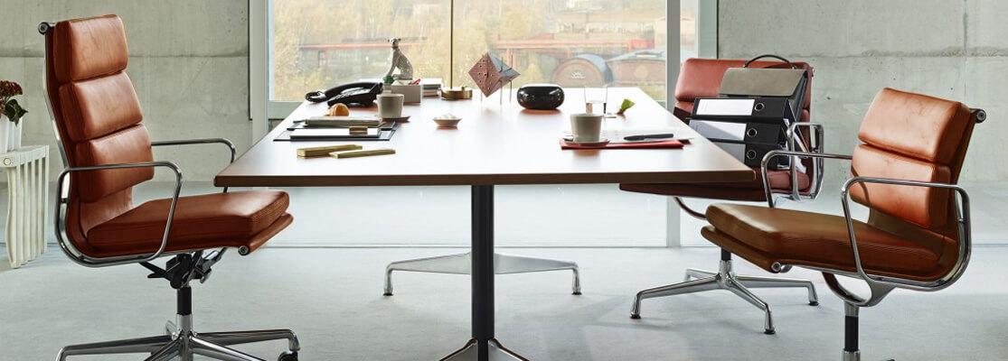 Chaise de bureau réplique Soft Pad EA219 en similicuir usé des designers Charles & Ray Eames.