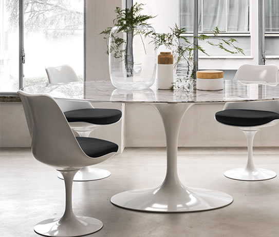 tulip-chair-black-mueble-design